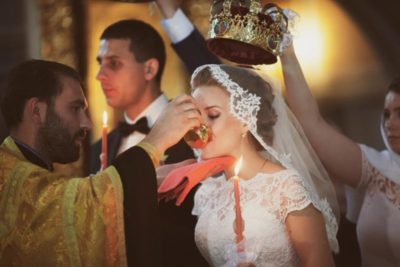 Сколько по времени длится венчание