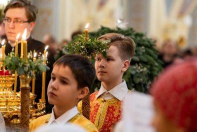 Когда начинается рождественская служба в церкви
