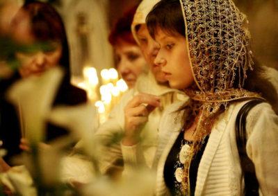 Как крестятся православные христиане