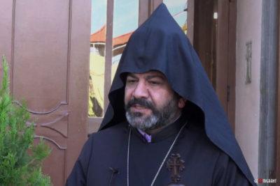 Как называется церковь у армян
