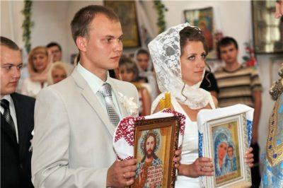 Как правильно благословить детей перед венчанием