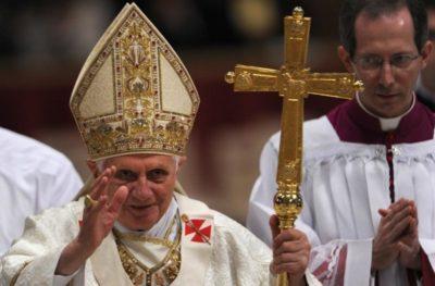 Как крестятся католики пальцы