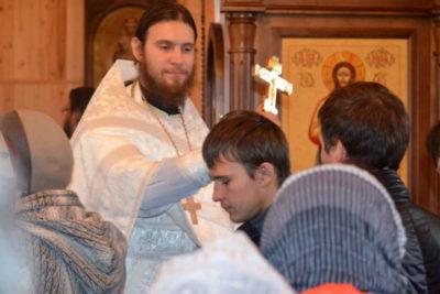 Что освящают в церкви на Троицу