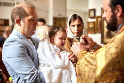Кому нельзя крестить ребенка