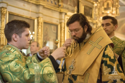 В чем суть праздника Святой Троицы
